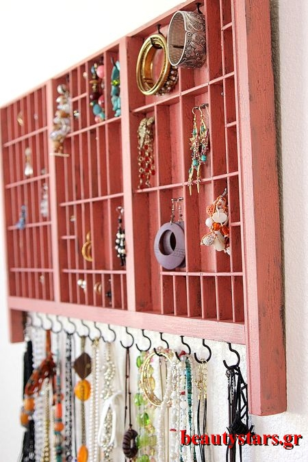 Old-tray-jewelry-organizer