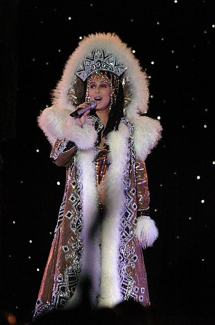 cher-performing-in-2005