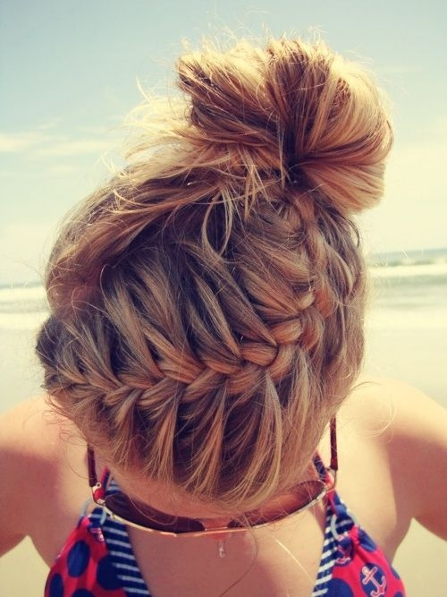 easy hairstyles for beach 2015