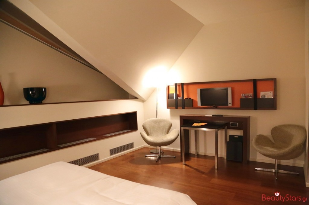 prague tsexia praga 2015 travel room1
