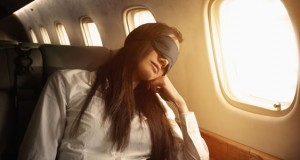 tips-for-getting-sleep-on-a-plane