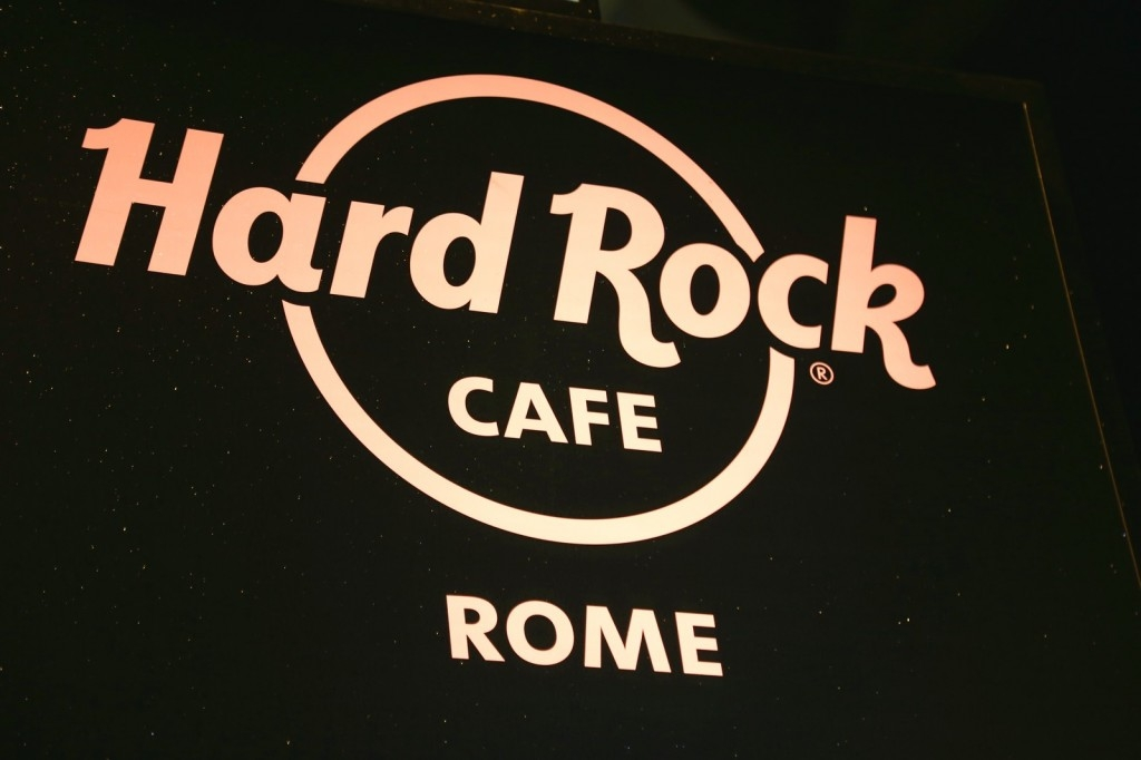 hard rock cafe rome beautystarsgr (14)