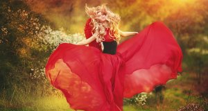 daydreamer-red-girl